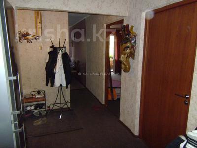 3-комнатная квартира, 62 м², 2/4 этаж, мкр №12, Мкр №12 — Янтарная за 19 млн 〒 в Алматы, Ауэзовский р-н — фото 6