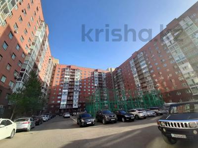 3-комнатная квартира, 84 м², 9/12 этаж, Богенбай батыра 31/2 за 25.5 млн 〒 в Нур-Султане (Астана) — фото 2