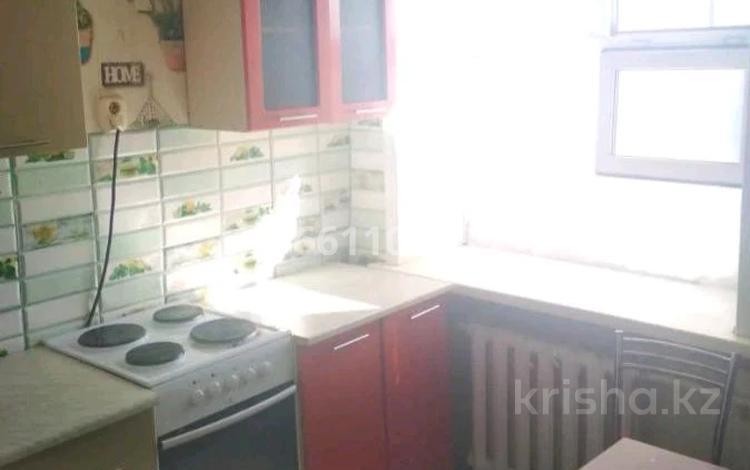2-комнатная квартира, 43.2 м², 5/5 этаж, Жекебаева 134 за 5.8 млн 〒 в Караганде, Октябрьский р-н