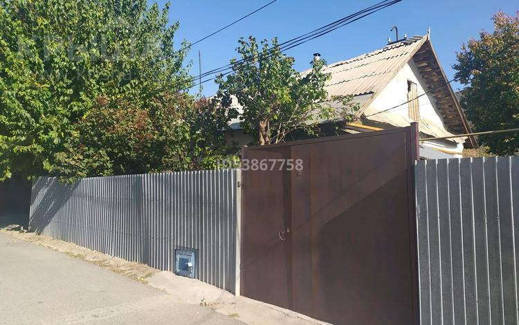 3-комнатный дом, 300 м², улица Можайского 17 — Можайская за 9 млн 〒 в Шымкенте, Аль-Фарабийский р-н
