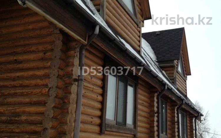 8-комнатный дом, 350 м², 25 сот., Мира 40 — Челюскина за 85 млн 〒 в Петропавловске