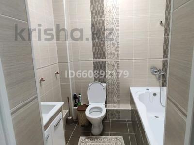 8-комнатный дом, 240 м², 6 сот., 11 квартал 167 дом за 55 млн 〒 в Алматы