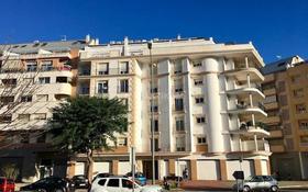 3-комнатная квартира, 96 м², 3/5 этаж, Carrer Sant Francesc 22 за 64.5 млн 〒 в Аликанте