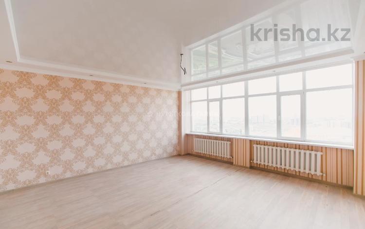 2-комнатная квартира, 97 м², 17/19 этаж, Момышулы 2 за 28.5 млн 〒 в Нур-Султане (Астана), Алматы р-н