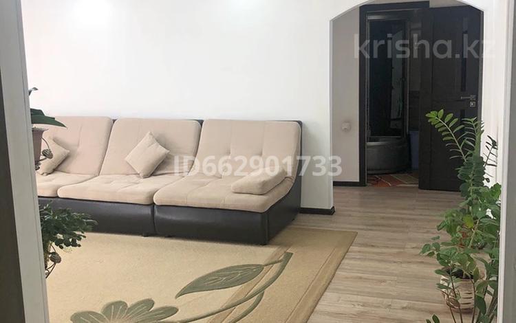3-комнатная квартира, 72 м², 2/5 этаж, Райымбека 60А за 20 млн 〒 в Каскелене