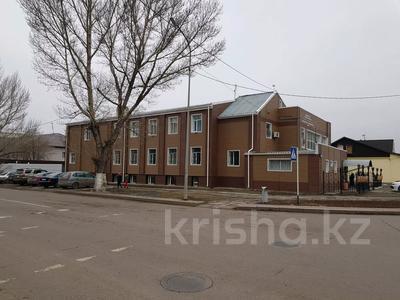 Здание, площадью 1100 м², Ерубаева 67а — Ермекова за 450 млн 〒 в Караганде, Казыбек би р-н — фото 4