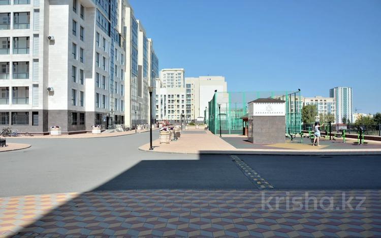 3-комнатная квартира, 99 м², 2/7 этаж, Мәңгілік Ел 52 — Улы Дала за 46 млн 〒 в Нур-Султане (Астана), Есиль р-н