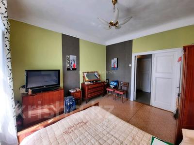 3-комнатная квартира, 70 м², 2/3 этаж, Масанчи 79 б — Абая за 28.5 млн 〒 в Алматы, Бостандыкский р-н — фото 9