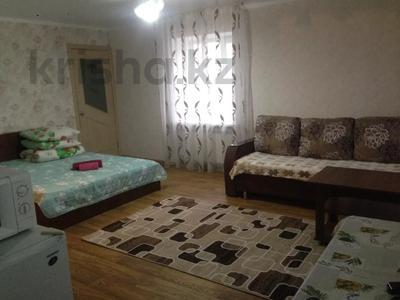 1-комнатная квартира, 32 м², 3/4 этаж посуточно, Гоголя 78 — Байтурсынова за 4 500 〒 в Костанае