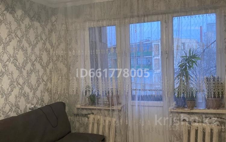 3-комнатная квартира, 59 м², 3/5 этаж, Макарова 20a за 12 млн 〒 в Таразе