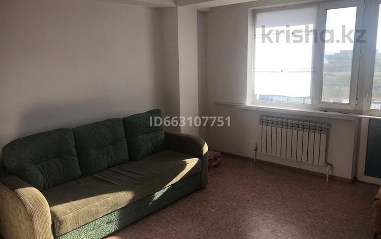 2-комнатная квартира, 56 м², 5/9 этаж, Карагайлы 25 за 13 млн 〒 в Семее