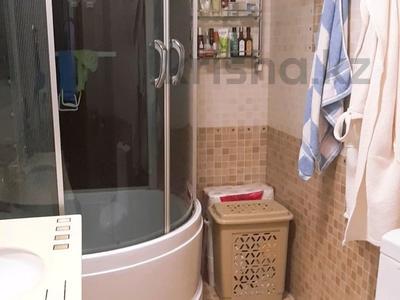 4-комнатная квартира, 150 м², 6/16 этаж, Ходжанова за 75.5 млн 〒 в Алматы, Бостандыкский р-н — фото 10