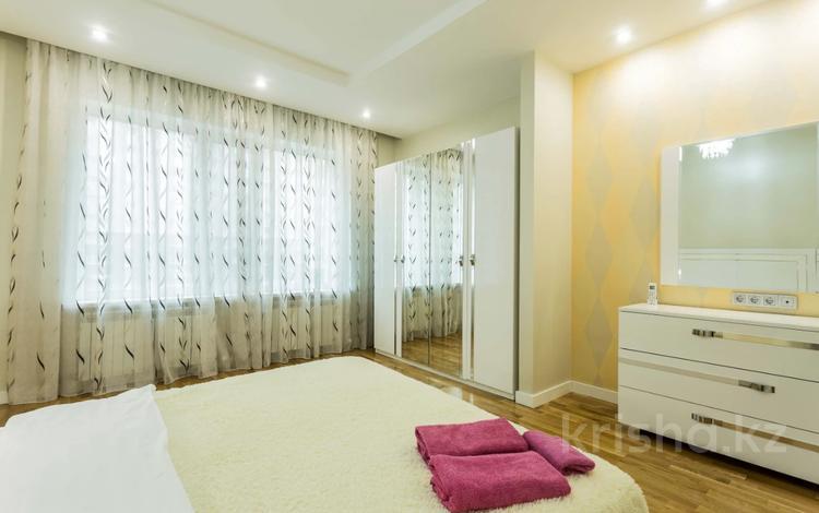1-комнатная квартира, 50 м², 10/22 этаж посуточно, Каблукова 264 за 15 000 〒 в Алматы, Бостандыкский р-н