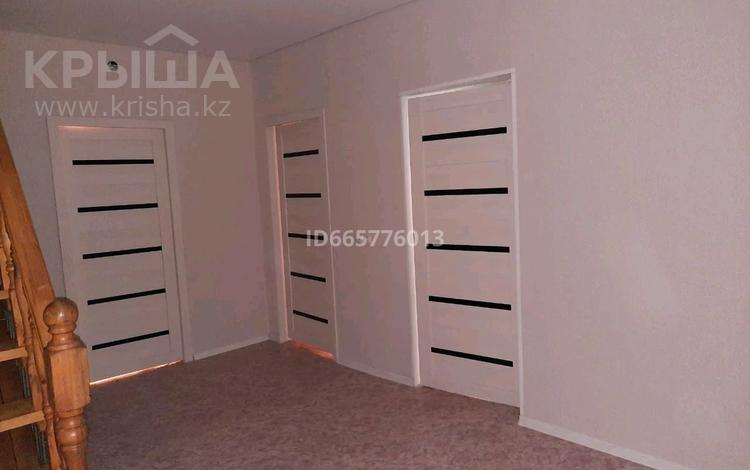 5-комнатный дом, 130 м², 10 сот., улица Дины Нурпеисовой 16а за 14 млн 〒 в Хромтау