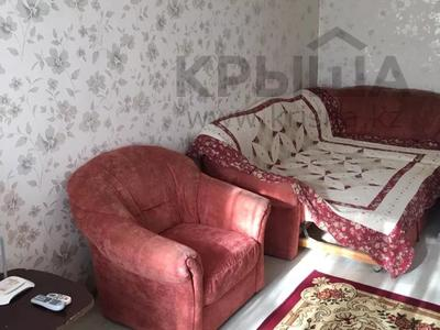3-комнатная квартира, 63 м², 2/5 этаж посуточно, Махамбета 125 — Азаттык за 10 000 〒 в Атырау — фото 3