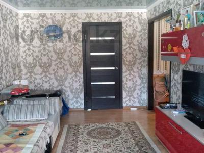 2-комнатная квартира, 45 м², 2/5 этаж, 21 14 за 5 млн 〒 в Караганде, Октябрьский р-н — фото 4