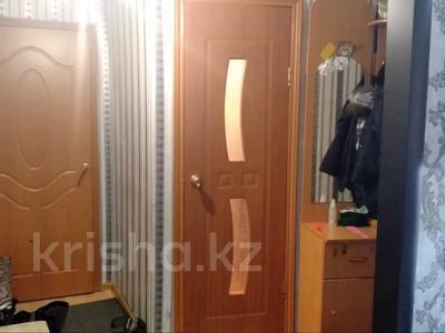 2-комнатная квартира, 45 м², 2/5 этаж, 21 14 за 5 млн 〒 в Караганде, Октябрьский р-н — фото 5