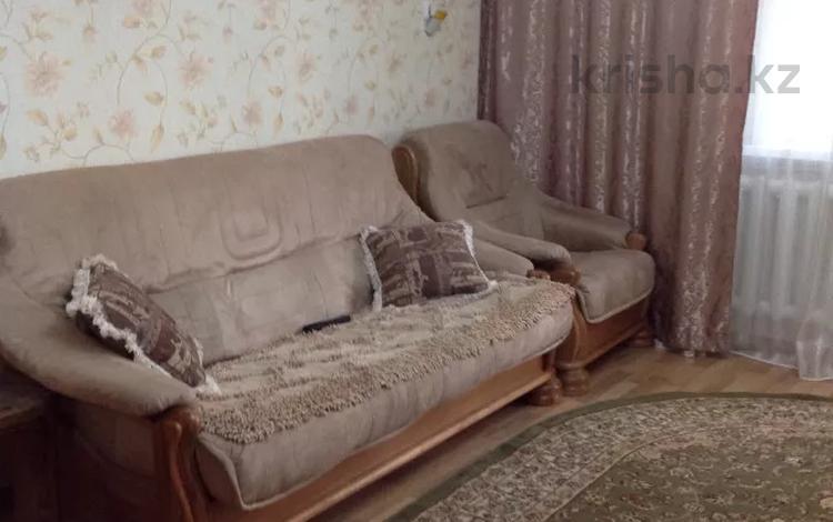 2-комнатная квартира, 54 м², 3/5 этаж помесячно, Иртышская 17 — Первомайская за 95 000 〒 в Семее