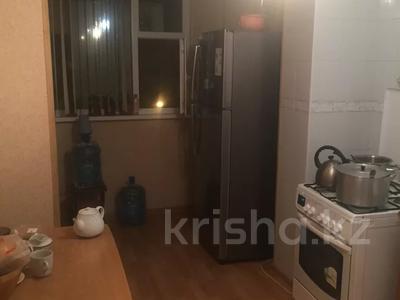 3-комнатная квартира, 77 м², 2/5 этаж, 14-й мкр 4 за 16 млн 〒 в Актау, 14-й мкр — фото 2