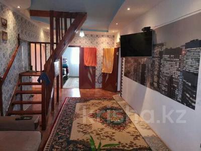 6-комнатный дом, 156 м², 10 сот., 13 мкр 7 за 15.5 млн 〒 в Аксае — фото 9