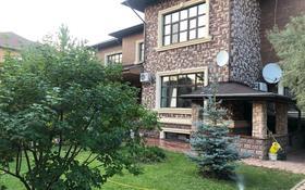 8-комнатный дом, 640 м², 10 сот., Комсомольский, Баянсулу 4 за 350 млн 〒 в Нур-Султане (Астане), Есильский р-н