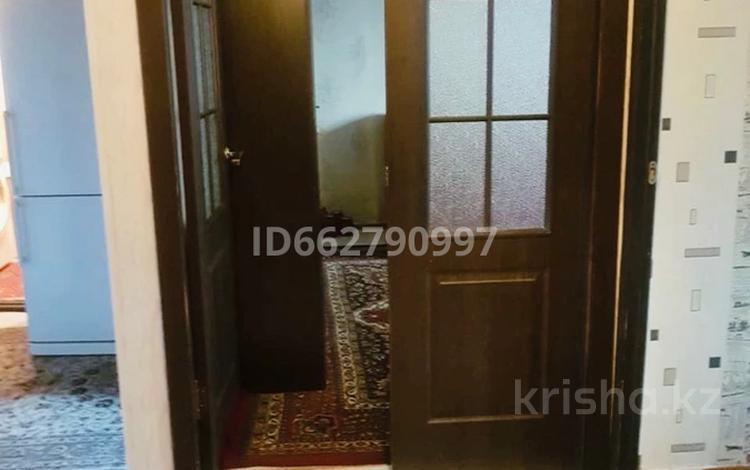 3-комнатная квартира, 70 м², 1/5 этаж, Сатпаева 19 за 14.5 млн 〒 в Таразе
