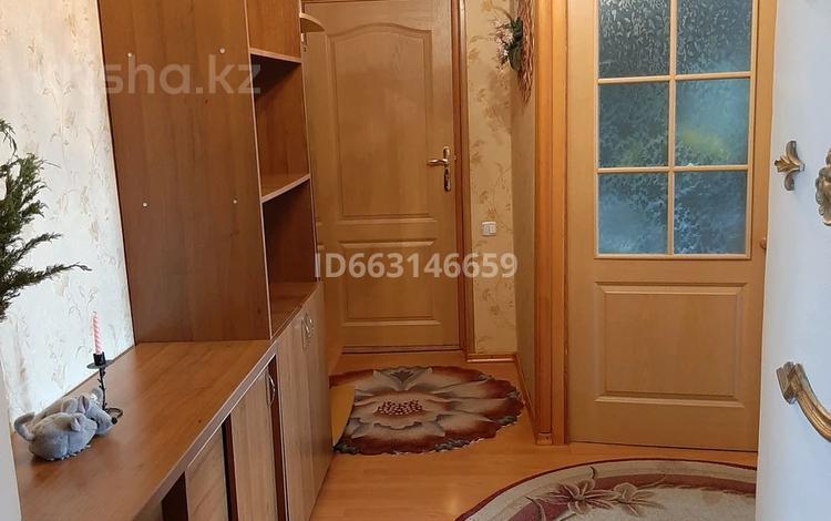 3-комнатная квартира, 71 м², 6/9 этаж, Б.Гагарина 25 за 21 млн 〒 в Усть-Каменогорске