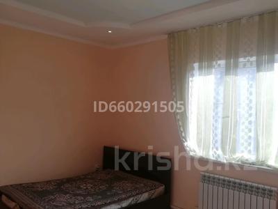 4-комнатный дом помесячно, 79 м², 6 сот., Посёлок Райымбек за 100 000 〒 в Алматы — фото 7