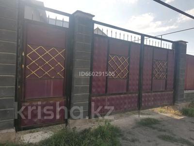 4-комнатный дом помесячно, 79 м², 6 сот., Посёлок Райымбек за 100 000 〒 в Алматы — фото 2
