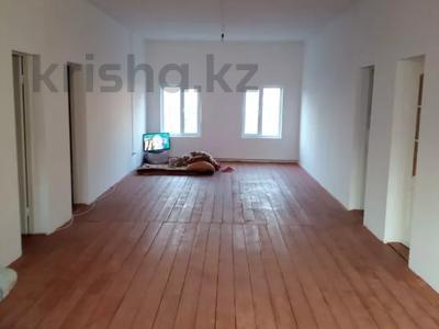 10-комнатный дом, 290 м², 4 сот., Тауельсыздык 42 за 33 млн 〒 в Кыргауылдах — фото 3