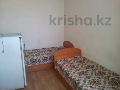 1 комната, 30 м², Крамского 29 — Ермекова за 33 000 〒 в Караганде, Казыбек би р-н — фото 3