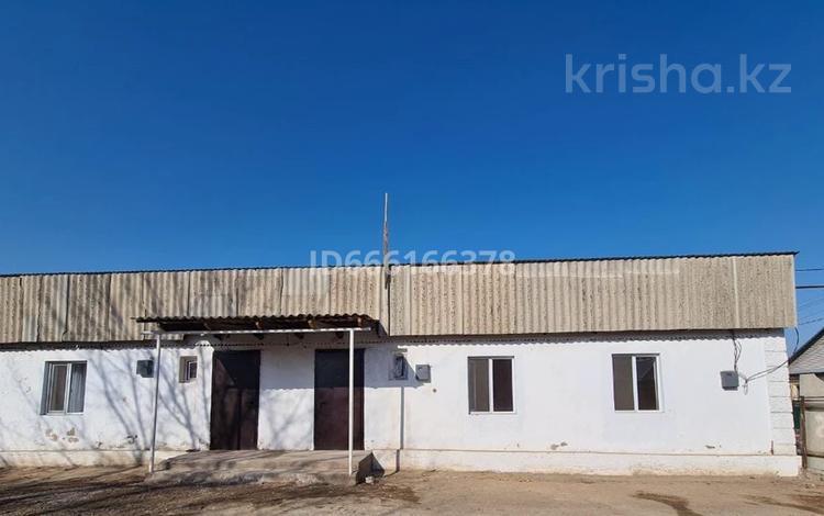 4-комнатный дом, 58 м², 7 сот., Бабажанова 42г — Домалак ене за 6.5 млн 〒 в Узынагаш