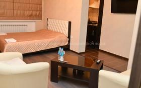 1-комнатная квартира, 35 м², 4/5 этаж посуточно, Ермекова 35 за 10 995 〒 в Караганде, Казыбек би р-н