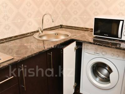 1-комнатная квартира, 35 м², 4/5 этаж посуточно, Ермекова 35 за 10 995 〒 в Караганде, Казыбек би р-н — фото 12