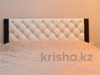1-комнатная квартира, 35 м², 4/5 этаж посуточно, Ермекова 35 за 10 995 〒 в Караганде, Казыбек би р-н — фото 7