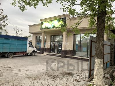 Здание, площадью 400 м², Торекулова 12 — Дулати за 210 млн 〒 в Шымкенте, Аль-Фарабийский р-н