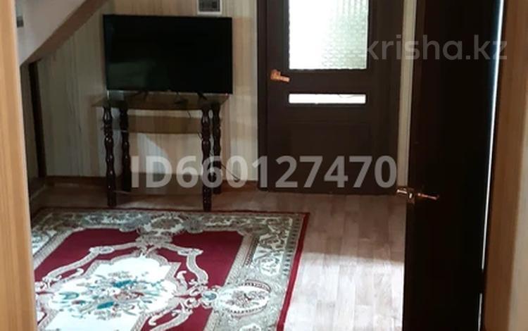 6-комнатный дом, 180 м², 4 сот., мкр Улжан-1, улица Бозарал 24 за 23 млн 〒 в Алматы, Алатауский р-н