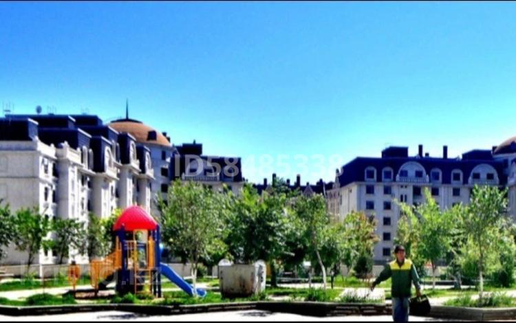 3-комнатная квартира, 90 м², 1/6 этаж помесячно, Калдаякова 2 за 225 000 〒 в Нур-Султане (Астана), Алматы р-н