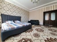2-комнатная квартира, 90 м², 6/10 этаж посуточно, мкр. Батыс-2, Баишев 7а/3 — ЖК Альтаир за 13 000 〒 в Актобе, мкр. Батыс-2