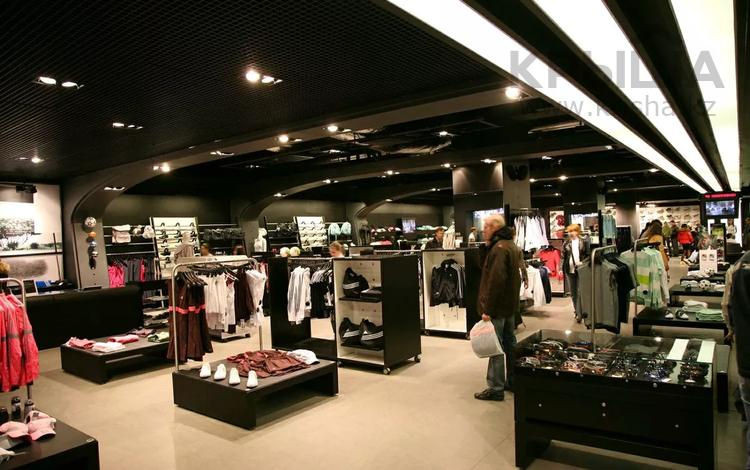 Магазин площадью 180 м², Казыбек би р-н за 1.2 млн 〒 в Караганде, Казыбек би р-н