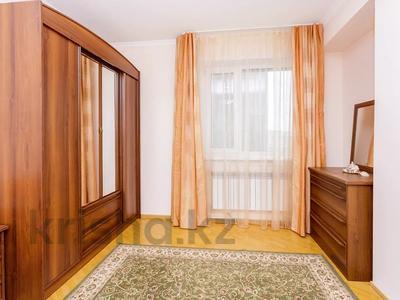 2-комнатная квартира, 75 м², 2/6 этаж посуточно, Кунаева 12/2 — Акмешит за 12 000 〒 в Нур-Султане (Астана), Есиль р-н — фото 2