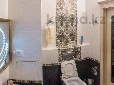"1-комнатная квартира, 52 м², 1/5 этаж посуточно, Мкр ""Каратал"" 17 за 15 000 〒 в Талдыкоргане — фото 7"