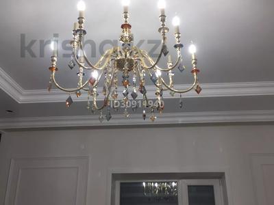 7-комнатный дом, 242 м², 10 сот., Мкр Уркер за 70 млн 〒 в Нур-Султане (Астана), Есиль р-н — фото 14
