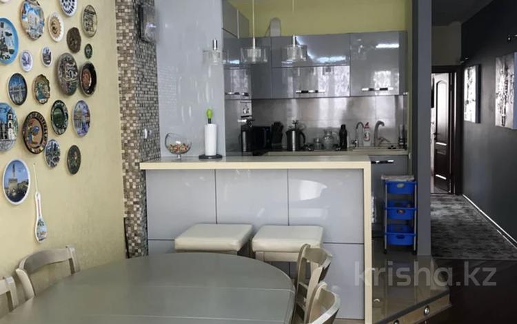 3-комнатная квартира, 80 м², 16/16 этаж, Навои — Рыскулбекова за 46 млн 〒 в Алматы, Бостандыкский р-н