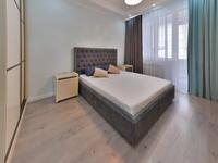 3-комнатная квартира, 120 м², 4/9 этаж посуточно, Кабанбай батыра 58 б за 23 000 〒 в Нур-Султане (Астане), Есильский р-н