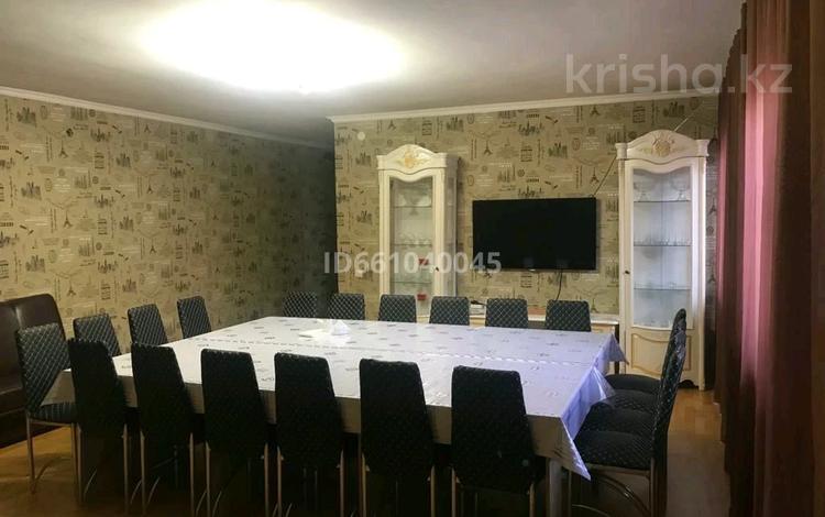 5-комнатный дом посуточно, 350 м², 9 сот., Есил 59 за 120 000 〒 в Нур-Султане (Астана), Алматы р-н