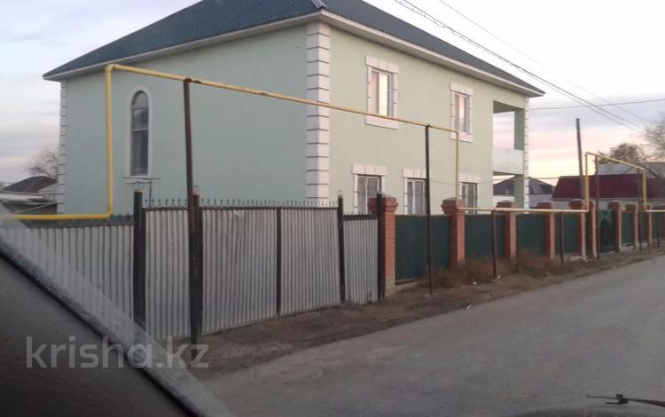 7-комнатный дом, 360 м², 20 сот., Переулок Гарышкер 12 за 47.5 млн 〒 в Атырау