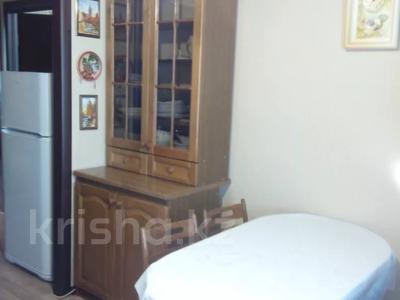 2-комнатная квартира, 60 м² посуточно, 4 микрорайон 31 за 10 000 〒 в Уральске — фото 4