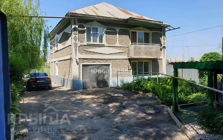6-комнатный дом, 171.9 м², 8.66 сот., мкр Акбулак, Бектемисова 11 за 64 млн 〒 в Алматы, Алатауский р-н