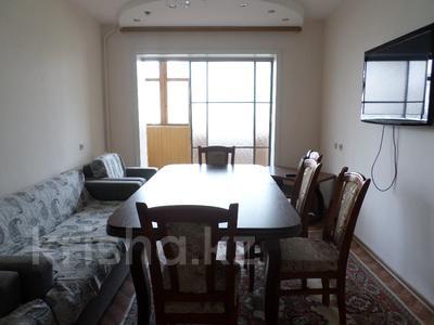 4-комнатная квартира, 82 м², 4/5 этаж помесячно, Казыбек би — Пр. Жамбыла за 100 000 〒 в Таразе